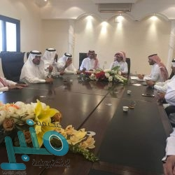 """بالشراكة مع معهد ثقف..  """"الفيل جاي"""" أول عرض مسرحي على اقرأ لمواهب سعودية"""