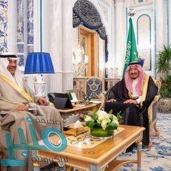 الأمير بدر بن سلطان يوجه بتشكيل لجنة بإشراف إمارة مكة لحل مشكلة شاحنات الجموم