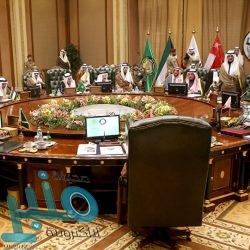 """الشيخ """"السديس"""" يتقدم وفد رئاسة شؤون الحرمين في زيارة دارة الملك عبدالعزيز"""