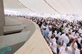 حجاج بيت الله الحرام يشهدون أول أيام التشريق في مشعر منى اليوم