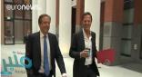 شاهد: مافعله رئيس وزراء هولندا بعد سقوط كوب قهوة من يده!