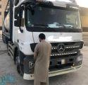 القبض على سائق شاحنة سار عكس السير على طريق الملك فهد بالرياض
