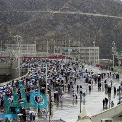 خادم الحرمين الشريفين يصل إلى جدة بعد إشرافه على راحة الحجاج