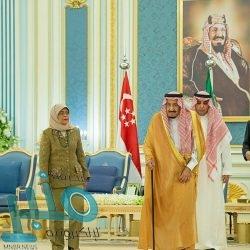 الأمير خالد الفيصل ونائبه يستقبلان أمين منظمة التعاون الإسلامي