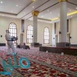 مدرسة الأمير سلطان تُكرم عطية الحناس بمناسبة تقاعده