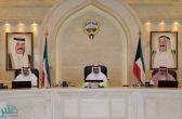 الوزراء الكويتي يُدين استهداف ميليشيا الحوثي الرياض بصاروخ