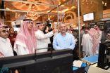 وزير الإعلام يتفقد المركز الإعلامي في إثراء وميركور للاطمئنان على الاستعدادات للقمة العربية