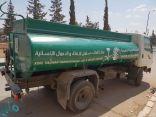 مركز الملك سلمان للإغاثة يواصل توزيع وقود التدفئة للنازحين في الشمال السوري