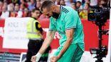 ضربة رأس من بنزيمة تهدي ريال مدريد الفوز في إشبيلية