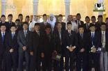 وفد قضاة المحاكم الشرعية بجمهورية إندونيسيا يقومون بزيارة معرض عمارة الحرمين
