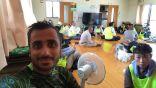 شاب سعودي يذهب لليابان من أجل السياحة فيقضي يومًا في إغاثة متضرري الإعصار
