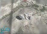 """شاهد.. """"التحالف"""" يدمر منظومة اتصالات عسكرية تابعة للحوثيين"""