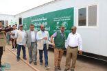 مركز الملك سلمان للإغاثة يواصل توفير المياه الصحية لنازحي جنوب الحديدة