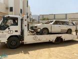 إزالة 25 سيارة تالفة من شوارع بحر أبو سكينة
