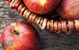 6 آثار جانبية للإفراط فى أكل التفاح.. تعرف عليها