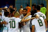 الجزائر تكتسح غينيا بثلاثية وتتأهل لدور الثمانية بأمم أفريقيا