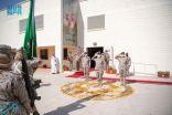 رئيس هيئة الأركان العامة يرعى تخريج الدفعة الأولى من مركز تدريب الكادر النسائي للقوات المسلحة