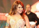 نجوى كرم بإطلالة مميزة تشعل بها حفلها في دبي