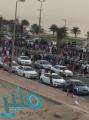 بالفيديو: احتجاز نحو 60 مركبة لممارسة أصحابها التفحيط والتجمهر على كورنيش سيهات بالقطيف