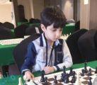 طفل يحصد المركز الأول في بطولة الشطرنج للناشئين بجدة .. تعرف علية!