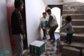 إغاثي سلمان يوزع أكثر من 35 طنًا من السلال الغذائية على النازحين من صعدة إلى مأرب