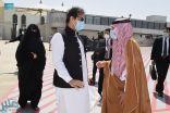 رئيس وزراء باكستان يغادر جدة متوجهًا إلى المدينة المنورة