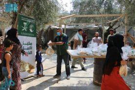 مركز الملك سلمان للإغاثة يواصل توزيع 20 ألف رغيف خبز يوميًا في شمال لبنان