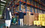 مركز الملك سلمان للإغاثة يتفقد مصانع تأمين المساعدات الغذائية للاجئين الصوماليين في كينيا