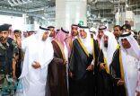 الأمير خالد الفيصل يزور معرض الأدوات المستخدمة في غسيل الكعبة المشرفة