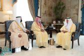 """أمير مكة يستقبل """"الحقيل"""" ويستعرض الموضوعات المتعلقة بالتنمية في المنطقة"""