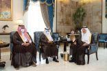 بالصور ..أمير مكة يكرّم عددًا من طلاب وطالبات جامعة أم القرى حصلوا على جوائز عالمية