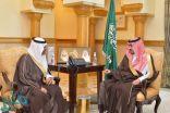 نائب أمير مكة يتسلّم التقرير الإحصائي لمديرية مكافحة المخدرات بالمنطقة
