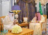 خادم الحرمين يستقبل الأمين العام لمجلس التعاون لدول الخليج العربية