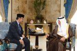 الأمير خالد الفيصل يستقبل سفير إندونيسيا لدى المملكة