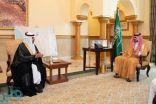 نائب أمير مكة يستقبل مدير مكافحة المخدرات بالمنطقة اللواء محمد القرني