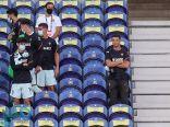 موقف محرج لـ رونالدو خلال تواجده في مدرجات مباراة البرتغال وكرواتيا (فيديو)