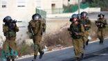 قوات الاحتلال تعتدى بوحشية على حارس المسجد الأقصى